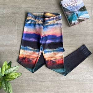 AEO Funky Fun Sunset Leggings